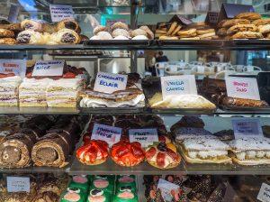 Cake showcase